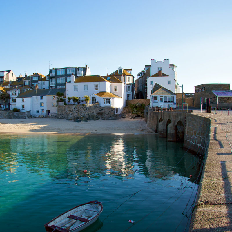 Luxury apartments in Cornwall. Book a self catering stay in St Ives today.