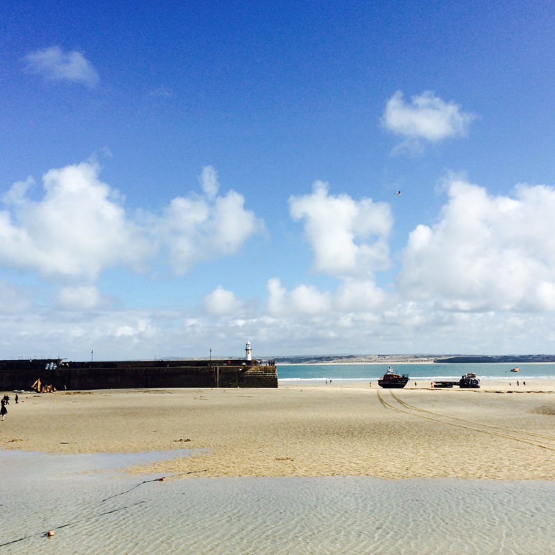 Luxury apartments in Cornwall. Book your St Ives accommodation today.